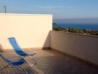 Casa Talayi - Incantevole attrazione mediterranea - Buccheri vacation rentals