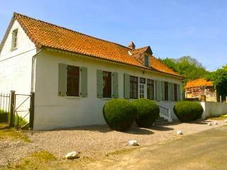 Le Cafe Du Chemin De Fer - Crecy-en-Ponthieu vacation rentals