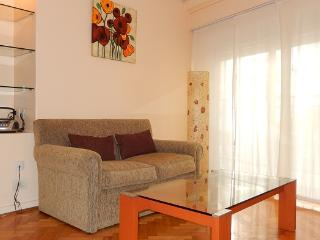 GREAT LOCATION! PALERMO - Güemes Square - - Buenos Aires vacation rentals