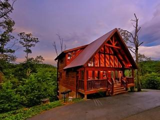 MOUNTAIN MEMORIES:Awesome 3/3 & half Luxury Cabin! - Pigeon Forge vacation rentals