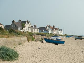 3 Bed Holiday Cottage Anglesey - Rhosneigr vacation rentals