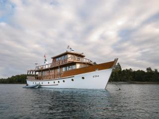 5 bedroom Yacht with Game Room in Isla Chiloe - Isla Chiloe vacation rentals
