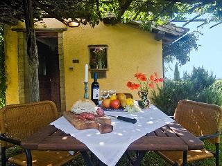 Wonderful 1 bedroom Torre Alfina House with Internet Access - Torre Alfina vacation rentals