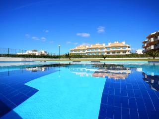 Quinta Palmeira - Porches vacation rentals