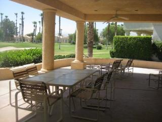 THREE BEDROOM VILLA ON SANDY COURT - VS3LEVY - Greater Palm Springs vacation rentals