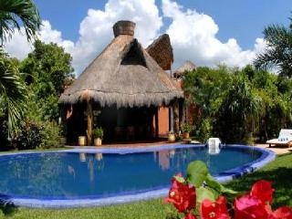 MAYA - LAGU4 Spacious villa with a beautiful view to the Yal-Ku lagoon. - Akumal vacation rentals