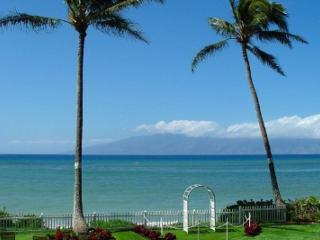 Maui Beachfront Dream - Lahaina vacation rentals