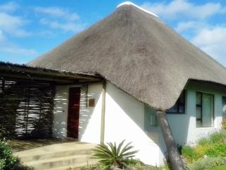 Lovely 3 bedroom Saint Francis Bay House with Long Term Rentals Allowed - Saint Francis Bay vacation rentals