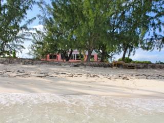 Perfect 3 bedroom Villa in North Caicos with Internet Access - North Caicos vacation rentals