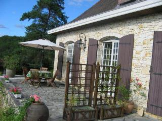 Nice Lembras vacation Gite with Garden - Lembras vacation rentals