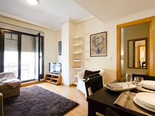 Ayala Penthouse - Madrid vacation rentals
