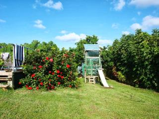 Romantic 1 bedroom Petit-Bourg Bungalow with Internet Access - Petit-Bourg vacation rentals