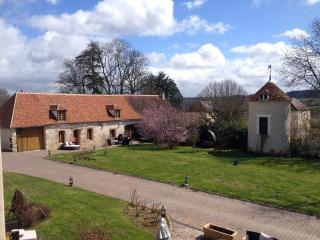3 bedroom Cottage with Internet Access in Auxerre - Auxerre vacation rentals