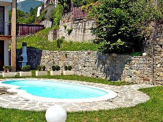 Nice 2 bedroom Montemezzo Townhouse with Central Heating - Montemezzo vacation rentals