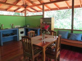 Perfect 1 bedroom Bungalow in Cabo Matapalo with Internet Access - Cabo Matapalo vacation rentals