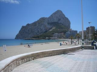 Perfect Condo with A/C and Tennis Court - L'Alfas del Pi vacation rentals
