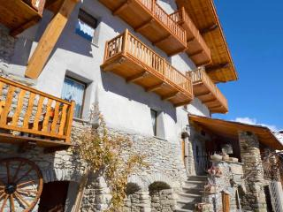 Nice B&B with Internet Access and Refrigerator - Aosta vacation rentals