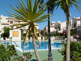 Bright 2 bedroom Apartment in La Zenia with Internet Access - La Zenia vacation rentals