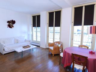 Apt lumineux dans le Marais - Paris vacation rentals