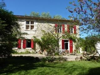 Nice Guest house with Internet Access and Television - Civrac-De-Blaye vacation rentals