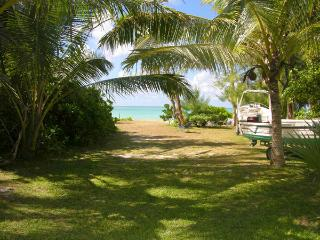 Beautiful 3 bedroom House in Pointe d'Esny with Waterfront - Pointe d'Esny vacation rentals