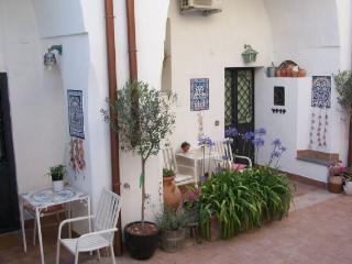Cozy Meta Studio rental with Hair Dryer - Meta vacation rentals