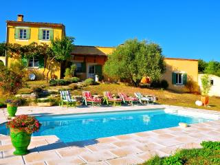 Perfect 2 bedroom Villa in Saint-Martin-de-Castillon - Saint-Martin-de-Castillon vacation rentals