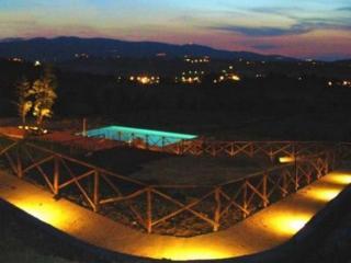 SPOLETO BY THE POOL:APT 2 - 0.7 mls/Spoleto centre - Spoleto vacation rentals