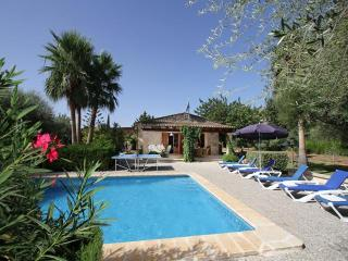 Lovely Villa with Internet Access and Grill - Cala San Vincente vacation rentals