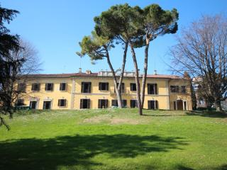 Beautiful 11 bedroom Casatenovo Villa with Internet Access - Casatenovo vacation rentals