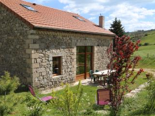 Nice Gite with Balcony and Children's Pool - Saint-Christophe-d'Allier vacation rentals