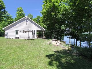 Bright Cottage with Deck and Internet Access - Huntsville vacation rentals