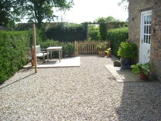 Close House Cottage, near Easingwold close to York - Easingwold vacation rentals