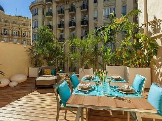 Bright Condo with Internet Access and A/C - Valencia vacation rentals