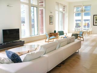 The Gill 201 Boutique Accommodation - CBD - Melbourne vacation rentals