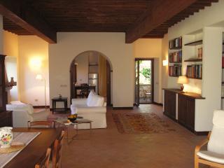 Comfortable 4 bedroom Vacation Rental in Preci - Preci vacation rentals