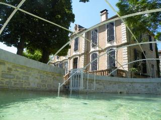 Nice Manor house with Internet Access and Television - Septfonds vacation rentals