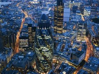 DOWNTOWN LONDON, GREAT LOCATION, SLEEPS 4 - London vacation rentals