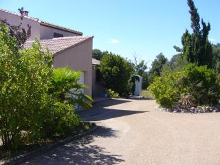 Beautiful Villa with Internet Access and Satellite Or Cable TV - Ventenac-Cabardès vacation rentals
