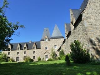 Manoir de Pléac - Combourg vacation rentals