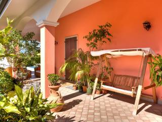 BeB Villa Gloriana ( Camera Matrimoniale ) - Castelnuovo del Garda vacation rentals