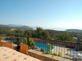 Beautiful Istron vacation Villa with Dishwasher - Istron vacation rentals