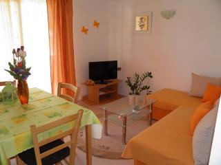 Apartment Tomo 2 - Trogir vacation rentals