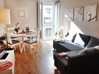 Vanity Chueca, Madrid Centre - Madrid vacation rentals