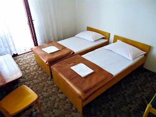 Sea view apartment NAR, sleeps 9 - Mrljane vacation rentals