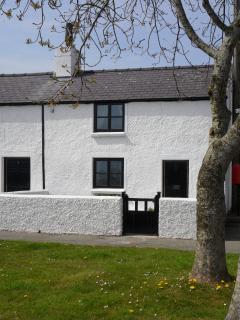 Lovely 1 bedroom Cottage in Brynsiencyn - Brynsiencyn vacation rentals