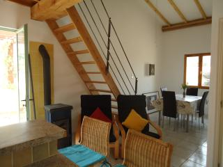 Le Studio - Tournissan vacation rentals
