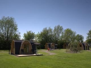 Nice 1 bedroom Tiddington Yurt with Internet Access - Tiddington vacation rentals