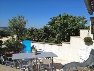 Spacieuse maison climatisée, 2 SDB 6km Carcassonne - Villedubert vacation rentals