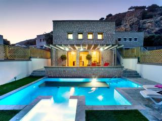 Exclusive 2bedroom villa prive - Pefkos vacation rentals